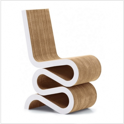 frank-gehry-wiggle-chair-cardboard-furniture
